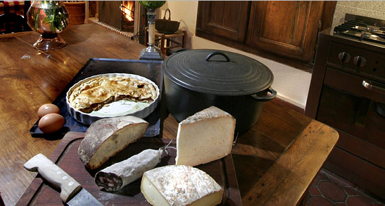 Discover authentic cuisine and enjoy the Auvergne products...